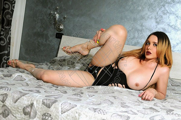 Foto 11 di Rossana Bulgari transescort Seveso