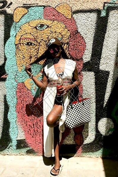 Foto 36 di Bruna Xxl Dotata transescort Amsterdam