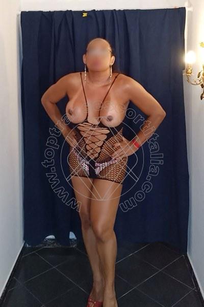 Foto 3 di Lana Xxl transescort Genova
