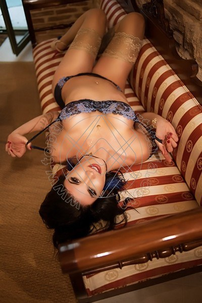 Foto 45 di Victoria Carvalho Pornostar transescort Lione