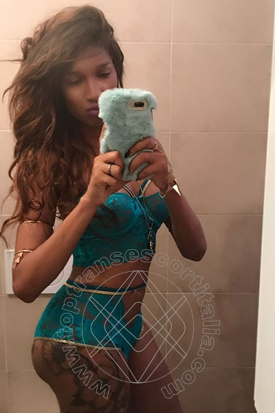 Foto selfie 30 di Kiara Bardo' transescort Cesena